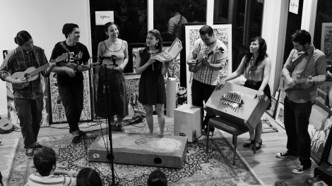 Mein erstes Sounds from a Room (Sofar Sounds) Erlebnis in irgendeinem Haus in den Hollywood Hills